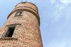 Stary wieży ciśnień tła niebieskie niebo Zdjęcie Stock
