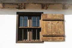 Stary wiejski drewniany okno zdjęcia stock
