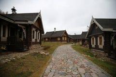 Stary wioska dom xix wiek kulturalny kompleks, Białoruś, Naroch Nanos zdjęcia stock