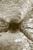 Stary wodny tunel, minujący zawala się Jama Piaskowcowy tunel zwilżać ściany fotografia royalty free