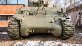 Stary wojsko zbiornika frontowy widok używał Serbskim wojskowym w Warld wojnie jeden WWI outdoors przed muzeum jak turystyczny ek zdjęcie stock