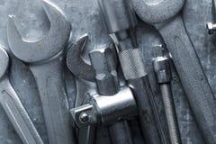 Stary wyrwanie, narzędzia i Parowozowe dodatkowe części obraz stock