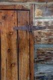 Stary Zależący od Drewniany drzwi fotografia stock