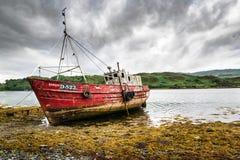 stary zaniechany łódkowaty połów zdjęcia stock