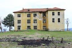 Stary Zaniechany budynek Obrazy Stock