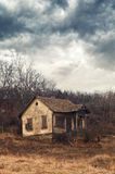 Stary zaniechany dom Obrazy Stock