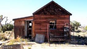 Stary zapamiętanie dom w Mojave pustyni zbiory