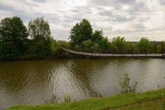 Stary zawieszenie most obraz stock