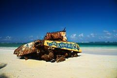 Stary zbiornik na plaży Zdjęcie Royalty Free