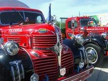 Stary zegar Dodge & Ford ciężarówki zdjęcie royalty free