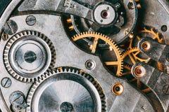 Stary Zegarowego zegarka mechanizm Retro Clockwork zegarek Z szarość I G fotografia stock