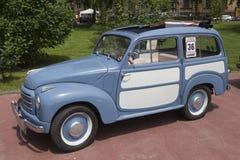 Stary zegaru Fiat samochód Zdjęcia Royalty Free