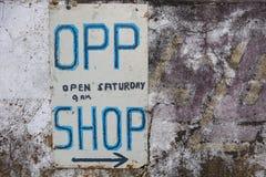 Stary znak dla sposobności dobroczynności sklepu obraz royalty free