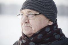 Starzejąca się mężczyzna zima w górę obraz stock