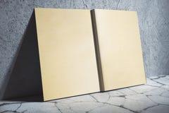 Starzejąca się hardcover notatnika strona Obrazy Royalty Free