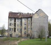 Starzejący się tenement dom Zdjęcia Stock