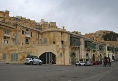 Starzy budynki Cate w Uroczystym schronieniu Valletta i Wiktoria Zdjęcie Royalty Free
