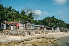 starzy domy jeziorem zdjęcia stock