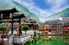 Starzy domy w Fenghuang okręgu administracyjnym w Hunan, Chiny Obrazy Royalty Free