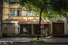 Starzy domy W Ho Chi Minh mieście zdjęcia royalty free
