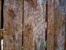 Starzy drzwi z przestrzeniami dla lotniczej wentylaci zdjęcie royalty free