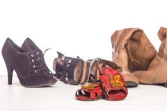 Starzy dziecka ` s sandały i obuwie dla dorosłych Obrazy Royalty Free