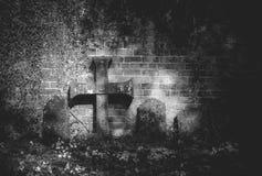Starzy headstones przy borsuka kościelnym jardem Shropshire fotografia stock