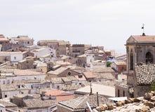 Starzy kafelkowi dachy w Puglia zdjęcia royalty free