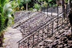 Starzy Kamienni schodki, ściana i podłoga, obrazy royalty free