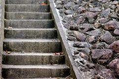Starzy Kamienni schodki, ściana i podłoga, fotografia stock