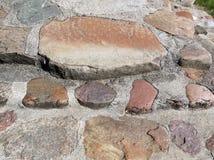 Starzy kościelni schodki robić od naturalnych kamieni, Lithuania zdjęcia royalty free