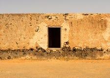 Starzy kolonialni budynki Casa De Los Coroneles w La Oliva na Fue Zdjęcie Stock