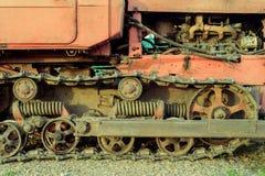 Starzy Machinalni pojazdów ślada, silnik i Zdjęcia Stock
