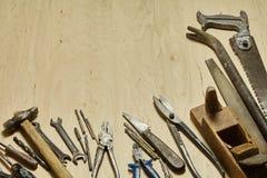Starzy metalu budynku narzędzia Fotografia Royalty Free