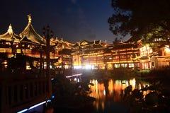 Starzy miasto bóg Świątynni przy nocą w Szanghaj YuYuan Obraz Royalty Free