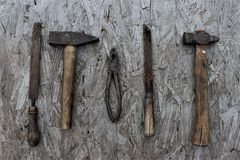 Starzy narzędzia na biurku Obrazy Stock