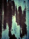 Starzy ośniedziali czerwień lampasy na cynkują talerza Zdjęcie Stock