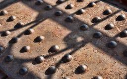 Starzy ośniedziali metali nity Fotografia Royalty Free