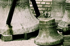 Starzy ortodoksyjni miedziani kościelni dzwony, Rosja fotografia royalty free