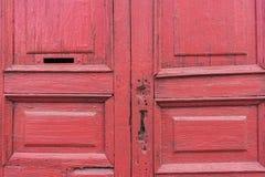 Starzy rocznik czerwieni drzwi Obraz Royalty Free