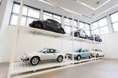 Starzy samochody w muzeum Obraz Royalty Free