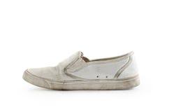 Starzy sneakers: Ścinek ścieżka zawierać. zdjęcie stock