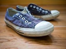 starzy sneakers Fotografia Royalty Free