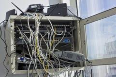 Starzy zakurzeni routery zdjęcie royalty free