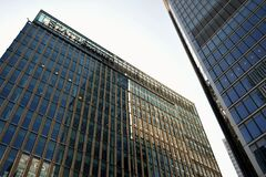 Free State Street Corporation, An American Financial Services And Bank Holding Company Has Offices In Canary Wharf In London, England Royalty Free Stock Image - 183672226