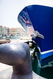 Statek cumujący na molu Zdjęcia Royalty Free