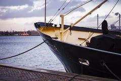 Statek dokujący w schronieniu Obraz Royalty Free