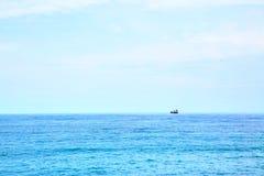 Statek na horyzoncie Zdjęcie Royalty Free