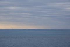 Statek na horyzoncie Fotografia Royalty Free