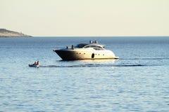 Statek na morzu Zdjęcie Royalty Free
